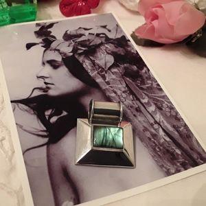 Jewelry - VINTAGE 925 STERLING LABRADORITE BARREL SLIDE